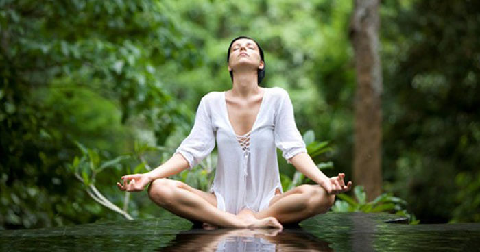 A regular meditation practice is necessary to train the brain.