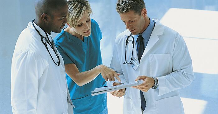 Doctors discussing
