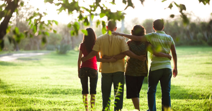 healthy relationships with family and friends