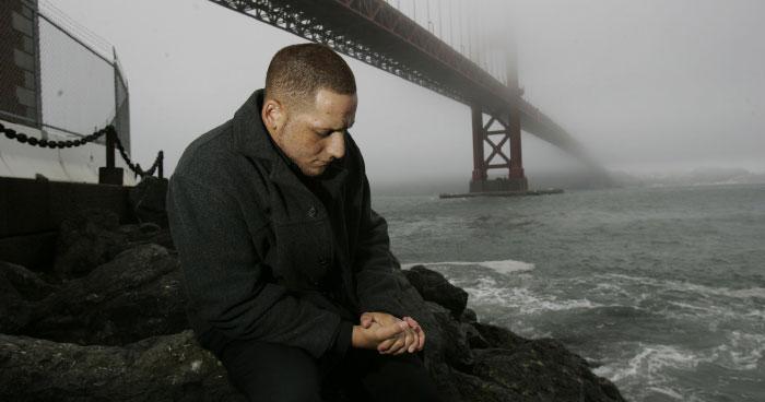 Suicide survivor Kevin Hines